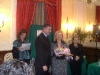 rosanna  premiata dal presidente nazionale AICS Bruno Molea